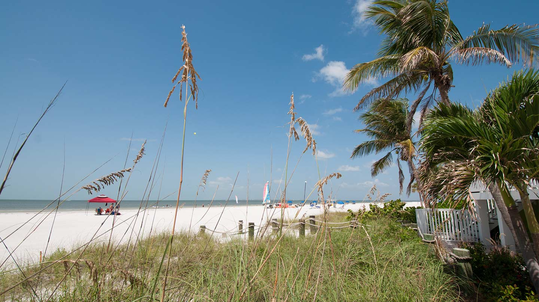 edgewater-beach
